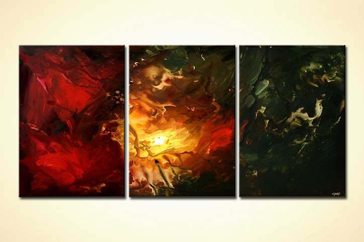 triptych canvas in red and dark green colorful